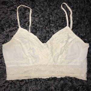 Tops - American Eagle Crop Top
